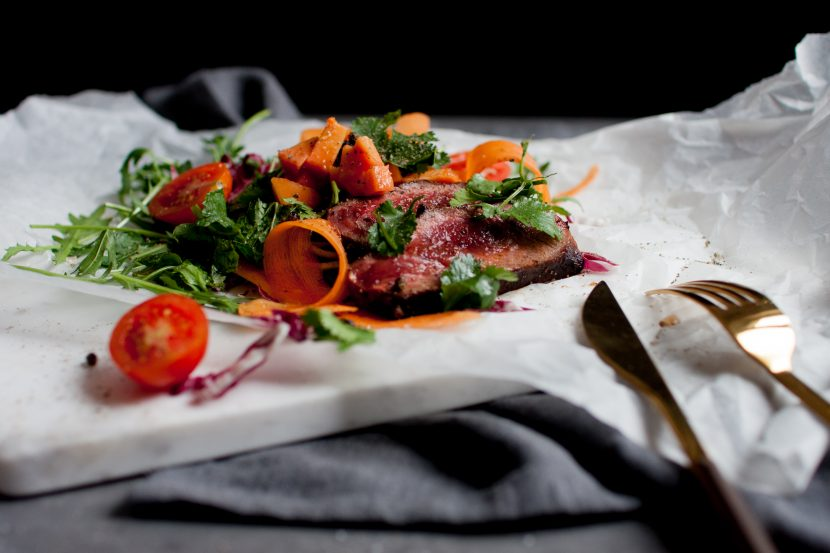 Papaya-Steak-Salat