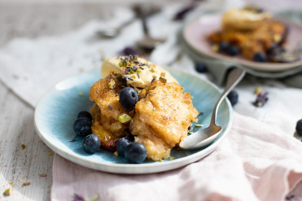 Pfirsich-Lavendel-Cobbler vom Grill